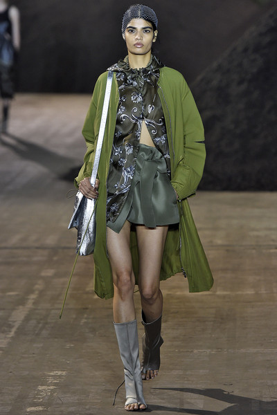 114pic3philliplim1